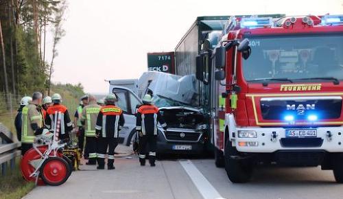 Pri nehode na diaľnici
