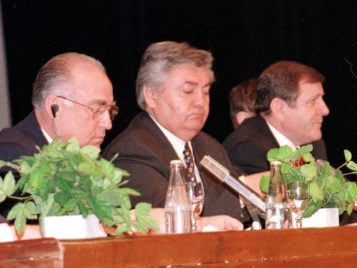 Ján Ducký (v strede)