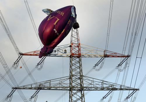 Hot air balloon, which in