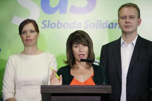 Opozícia žiada odvolanie Petry