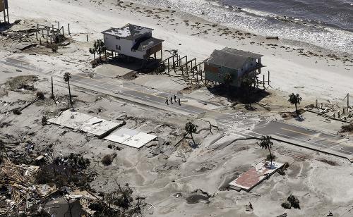 Hurikán Michael po sebe