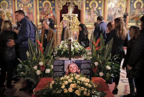 Pohreb Viktorije Marinovovej