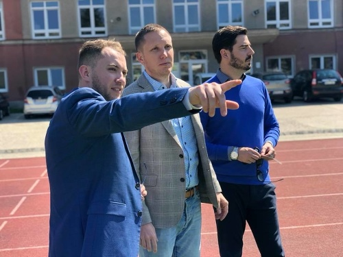 Martin Kapitulík (vľavo)