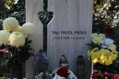 Hrob Pavla Pašku