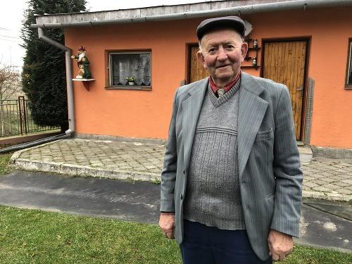 Na snímke 80-ročný bývalý