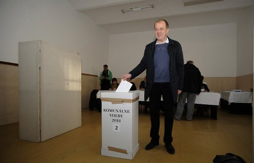 Richard Rybníček bol voliť