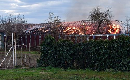 Požiar dnes zachvátil budovu