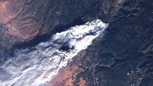 Ohnivé inferno v Kalifornii