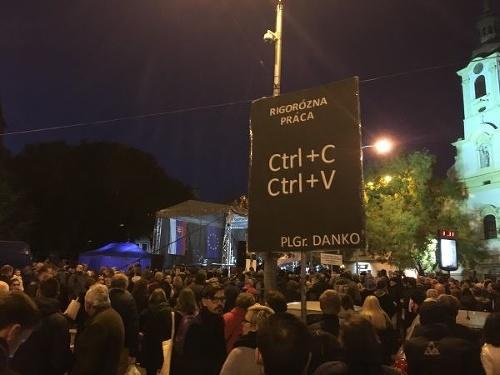 MIMORIADNY ONLINE the Slovakians again