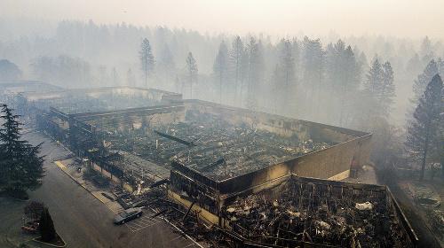 FOTO Ohnivé peklo v
