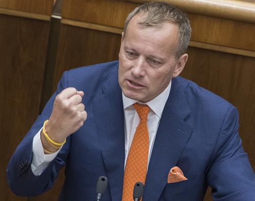 Odvolávanie Andreja Danka