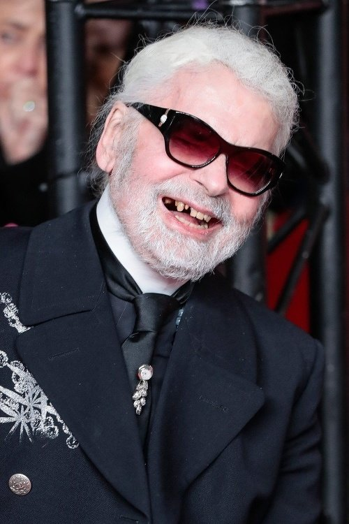 Sad Report From Paris The World Famous Fashion Designer Karl Lagerfeld 85 Died