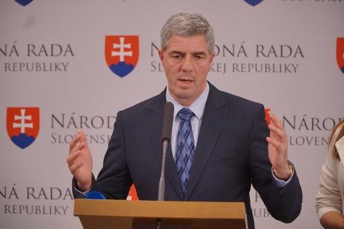 Na Slovensku končí uťahovanie