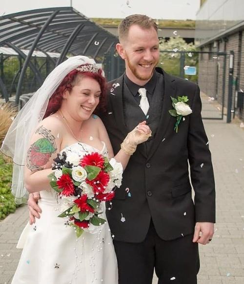 Mladomanželia išli na svadobnú