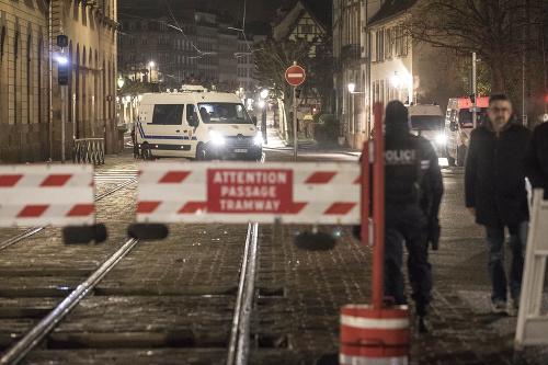 Polícia zastrelila útočníka (†29)