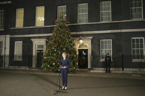 Premiérka Theresa Mayová počas