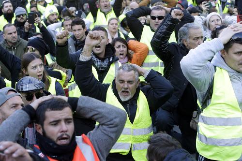 Demonštranti skupiny