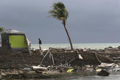 Ničivá cunami zasiahla Indonéziu
