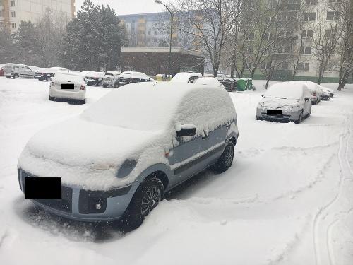 MIMORIADNY ONLINE Silné sneženie