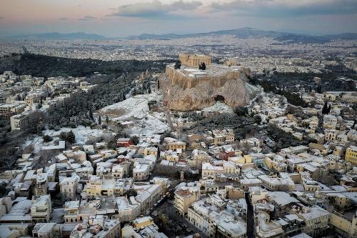 Aténska Akropola dostala bielu