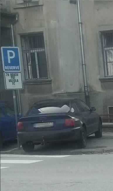 Parkovanie na chrapúňa priamo