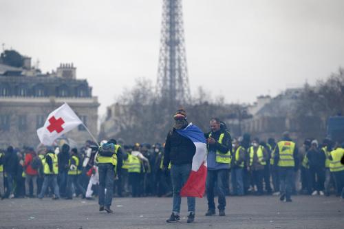 Protesty žltých viest vo
