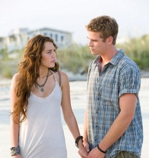 Liam Hemsworth a Miley