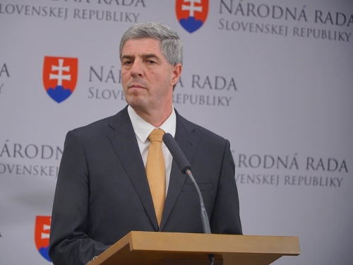 Kandidát na prezidenta Béla