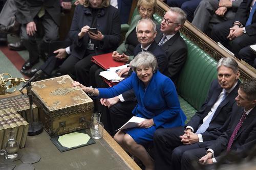 Theresa Mayová v parlamente