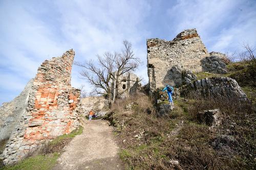 Zrúcanina hradu Gýmeš
