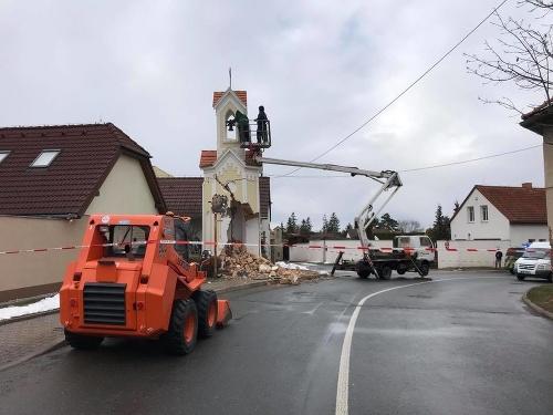 Kamión narazil v Sobíne