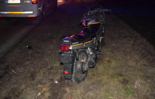 Opitý motocyklista havaroval v
