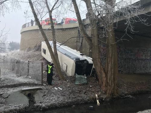 Nehoda autobusu v Česku