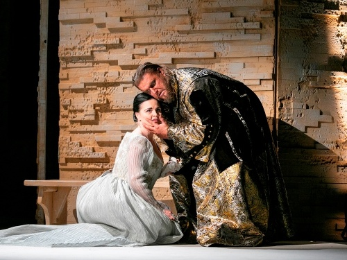 Titusz Tóbisz ako Otello