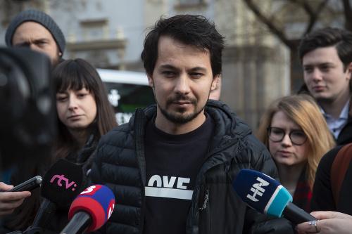 Organizátori Karolína Farská, Juraj