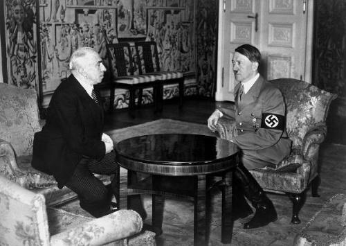Emil Hácha na rokovaní