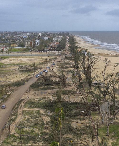 Cyklón napáchal obrovské škody.