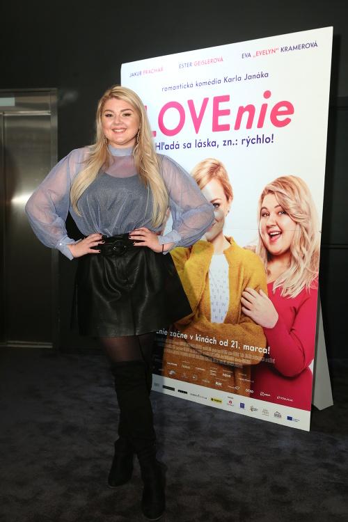 Evelyn na premiére filmu