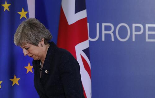 Tvrdý brexit neprichádza do
