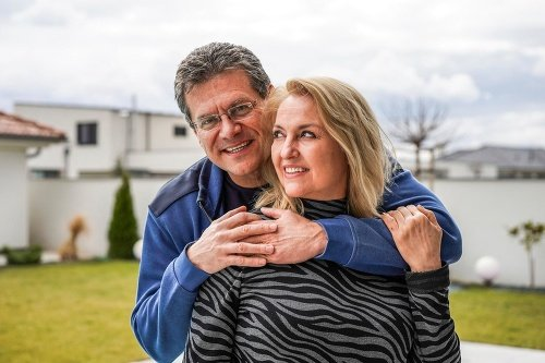 Maroš Šefčovič s manželkou