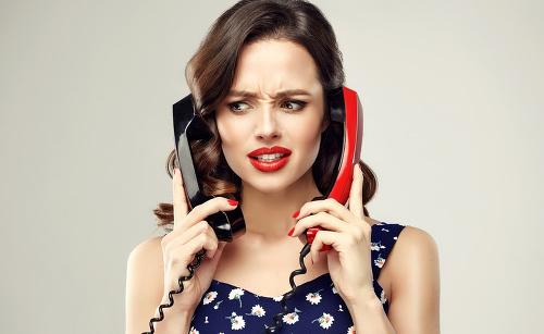 Telefonovanie.