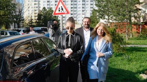 Zuzana Čaputová počas príchodu