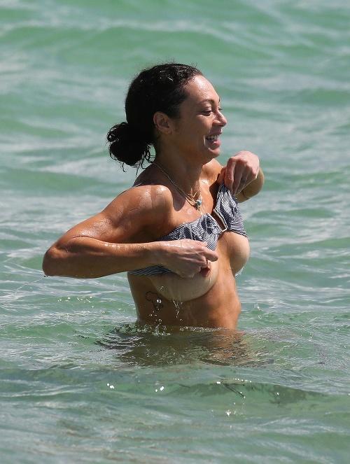 Lilly Becker zradili plavky.