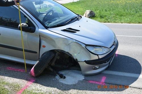 Pod dopravnú nehodu v