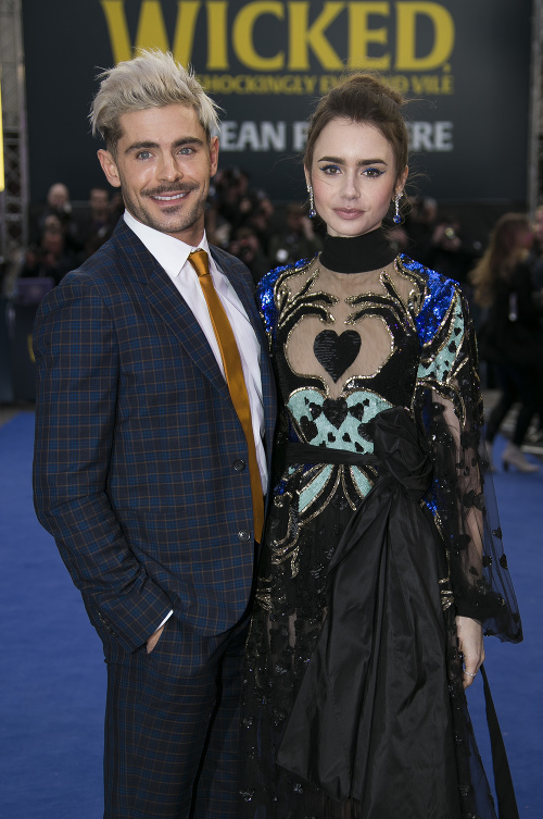 Zac Efron, Lily Collins