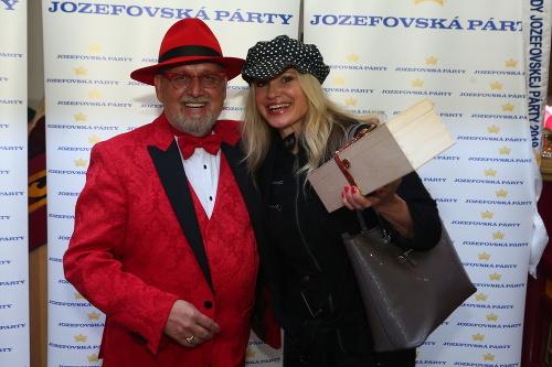 Jozef Oklamčák a speváčka