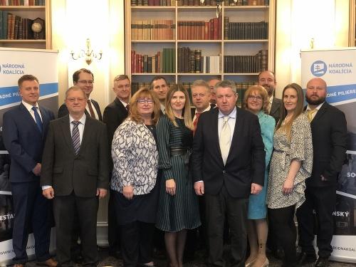 Členovia strany Národná koalícia
