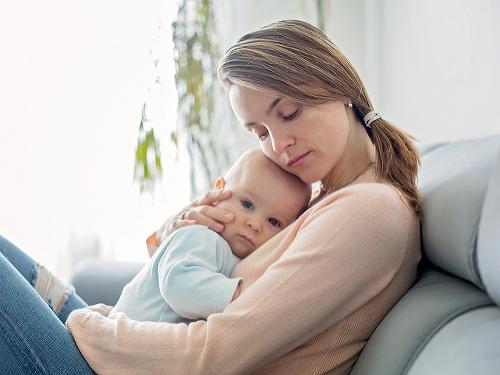 Žena a dieťa.
