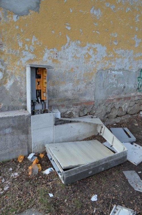 Páchateľ poškodil elektrickú rozvodňu