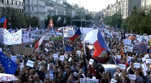 Obrovská demonštrácia v Prahe: